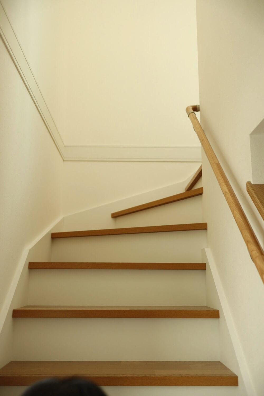 一軒家の階段を上り下りするおは想像以上に辛いから、ウォークインクローゼットは1階に作ろう