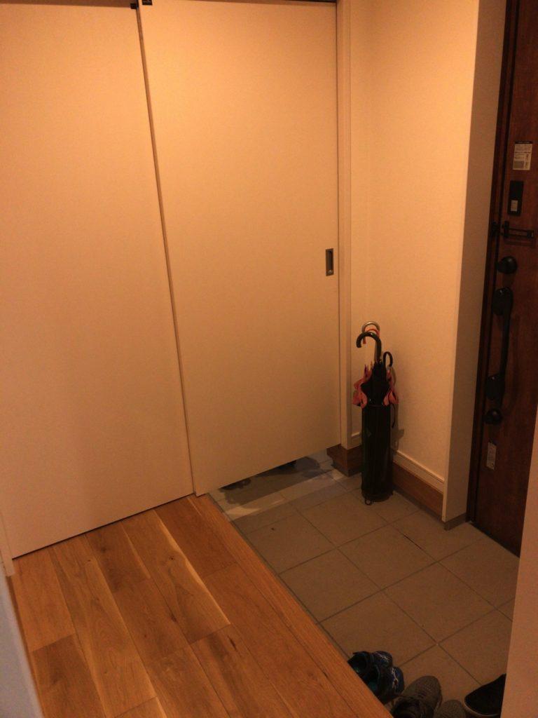 ベビーカーがない玄関は広くて使いやすい。
