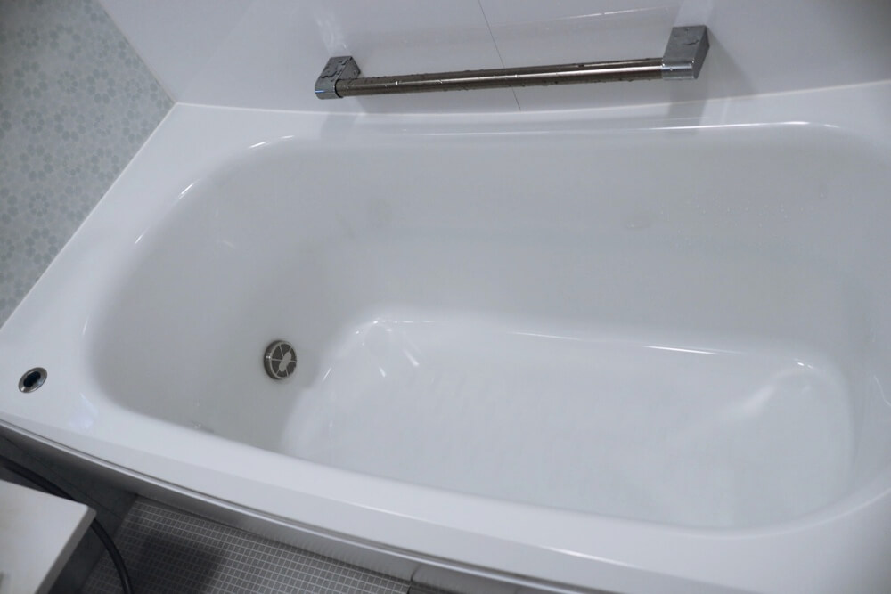 段差がない浴槽はゆっくり入れて最高