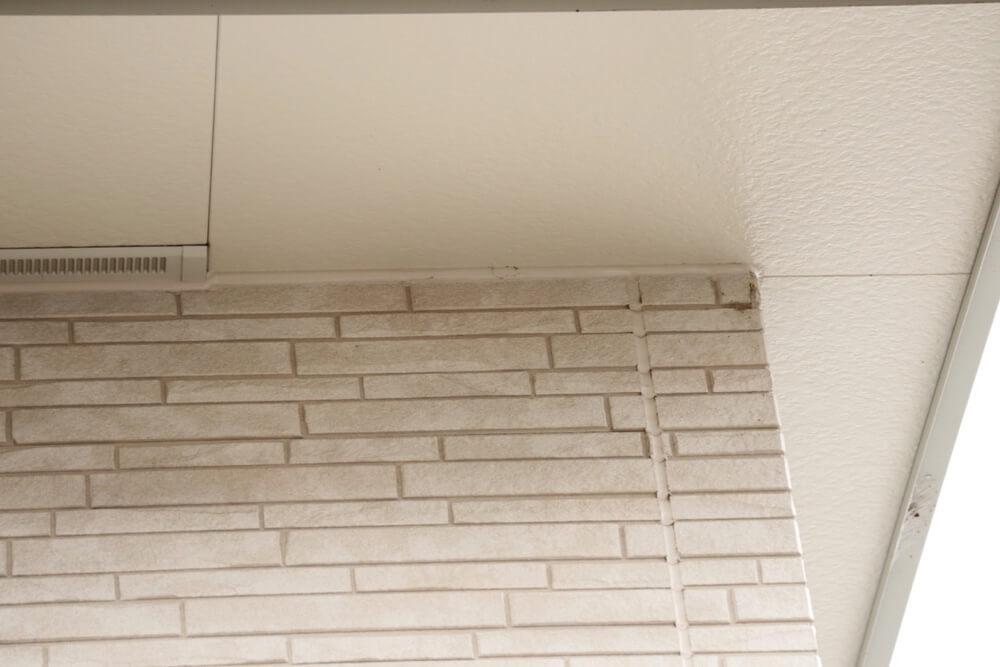 光セラなら築2年でも外壁はキレイなままです。
